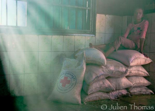 Photojournalisme Cambodge Croix rouge orphelinat