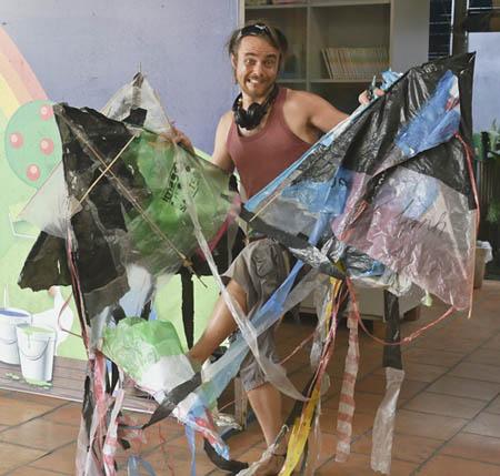 I Believe we can fly, déchets plastiques, les filles de la charité, fabriquer un cerf-volant