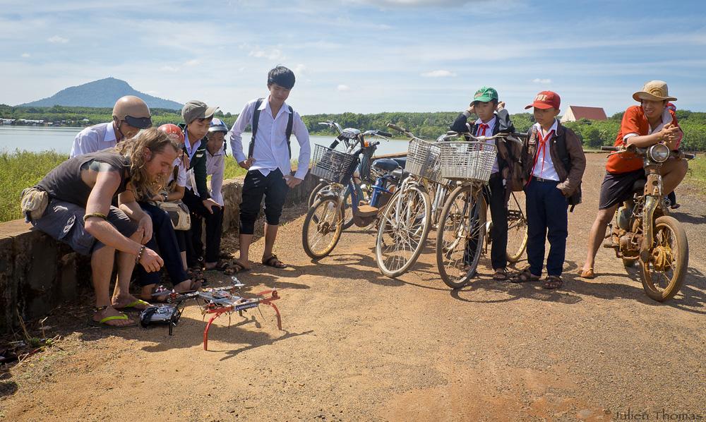 julien thomas asie drone moto
