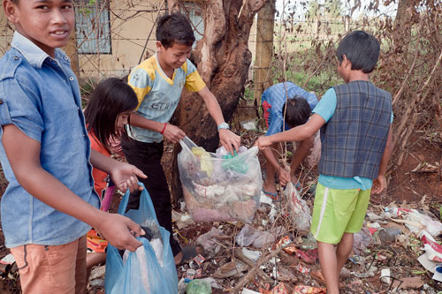 Recyclage plastique, Cambodge